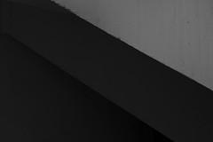 Montréal's Metro Station 31/68 - Crémazie - Ligne Orange (VdlMrc) Tags: montréal metro subway architecture minimaliste minimalism monochrome blackandwhite noiretblanc géométrie geometry québec canada station stm