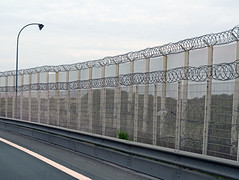 Anti-Migrant wall - Calais