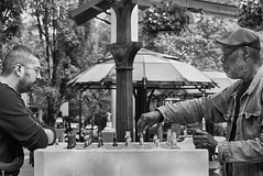 The Move (Ian Sane) Tags: ian sane images themove chess match men urban candid street photography black white pioneer courthouse square downtown portland oregon morrison broadway canon eos 5ds r camera ef70200mm f28l is usm lens monochromemonday