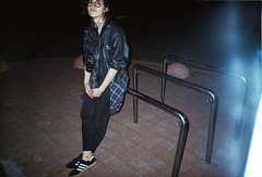2017-09-26-0010 (newmandrew_online) Tags: пленка belarus girl filmisnotdead film filmphotografy 35mm konica beauty street