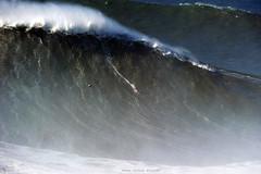 RODRIGO KOXA Rodrigo Koxa is now the official World Record holder for the biggest wave ever surfed in history  / 7930PZR (Rafael González de Riancho (Lunada) / Rafa Rianch) Tags: surf waves surfing olas sport deportes sea mer mar nazaré vagues ondas portugal playa beach 海の沿岸をサーフィンスポーツ 自然 海 ポルトガル heʻe nalu palena moana haʻuki kai olahraga laut pantai costa coast storm temporal largestwavesurfedguinnessworldrecords rodrigokoxa