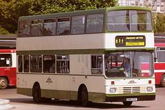 SMT ZLL185 D185ESC (bobbyblack51) Tags: smt zll185 d185esc leyland lion alexander rh eastern scottish buchanan bus station glasgow 1995