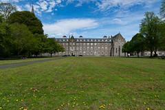 ST. PATRICK'S COLLEGE IN MAYNOOTH [SONY A7RIII IN FULL-FRAME MODE]-139608 (infomatique) Tags: saintpatricks stpatrickscollege maynoothcollege maynooth ireland streetsofireland education royalcollegeofstpatrick williammurphy infomatique fotonique sony a7riii may 2018 fullframemode