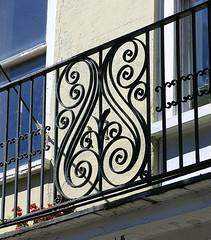 Balcony ironwork, 54 Broad Street, Charleston, SC (Spencer Means) Tags: building balcony iron wrought ironwork balcón balkon 54 broad street charleston sc southcarolina