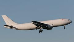 TC-MCD (SPOTTER.KOELN) Tags: cgn köln koeln spotter planespotting planespotter plane airplane eddk airbus a300600 mng