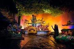 Zip-A-Dee-Doo-Dah (TheTimeTheSpace) Tags: waltdisneyworld disneyworld disney magickingdom frontierland splashmountain zipadeedoodah riverboat darkride nikond810 nikon2814 alligators