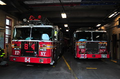 FDNY Ladder 84 and Engine 164 (Triborough) Tags: ny nyc newyork newyorkcity richmondcounty statenisland woodrow fdny newyorkcityfiredepartment firetruck fireengine laddertruck ladder ladder84 ffa ferrara engine engine164 seagrave