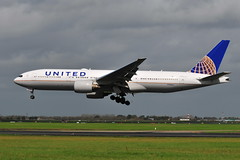 N780UA Boeing 777-222 United Airlines (eigjb) Tags: dublin airport eidw international collinstown ireland jet aircraft airliner transport aeroplane airplane plane spotting 2018 aviation n780ua boeing 777222 united airlines b777 777 ua23 newark
