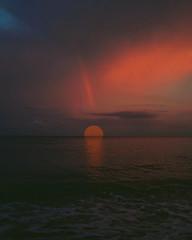 #sunset #ay #moon #sea #deniz #antalya #finike (Mazlumurucmusic) Tags: moon antalya deniz finike ay sunset sea