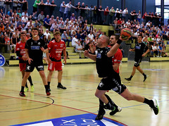 AW3Z7508_R.Varadi_R.Varadi (Robi33) Tags: action ball basel foul handball championship fight audience referees rtv1879basel switzerland fun play gamescene team sports sportshall viewers