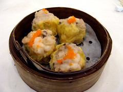 Shu Mai at the New Starlet (knightbefore_99) Tags: dimsum chinese tasty cantonese awesome food lunch work newstarlet kingsway steamed basket shumai roe pork classic great