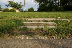 Stairs to Nowhere (Restless Eye) Tags: knoxville tennessee usa stairs steps lawn house concrete