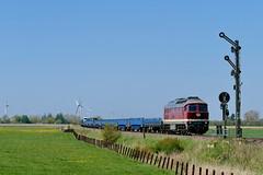 P1550469 (Lumixfan68) Tags: eisenbahn züge autozüge salzland rail service autozug sylt rdc sechsachser mietloks ludmilla baureihe 232