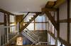 Ein Fachwerkhaus kann auch großzügig sein (knipserkrause) Tags: treppe fachwerk barock scheune