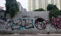 graffiti near Saphan Taksin 5 (_gem_) Tags: trip vacation holiday bangkok thailand city street urban graffiti streetart
