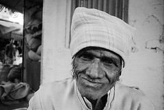 Pentax ME 28mm India white f (shakmati) Tags: pentax me 28mm 28 film india updaipur portrait street travel portret kodak bnw analog retrato pelicula 135mm 35mm people ilford 400 hp5 grain