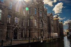 LOVE ME (sergiogomezb21) Tags: amsterdam holland holanda water light canal blue sky love agua luz cielo travel viaje