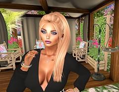 Beauty in Black 2 (Leelah Wolfheart) Tags: lelutka secondlife queenofink maitreya millarasmusen mesh jumo jian truthhair caejewelery secrets reign luxeparis aviglam zoz