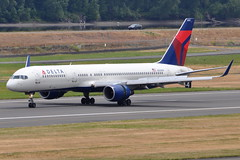 Delta Air Lines - Boeing 757-200 - N555NW - Portland International Airport (PDX) - June 3, 2015 2 809 RT CRP (TVL1970) Tags: nikon nikond90 d90 nikongp1 gp1 geotagged nikkor70300mmvr 70300mmvr aviation airplane aircraft airlines airliners portlandinternationalairport portlandinternational portlandairport portland pdx kpdx n55nw deltaairlines delta dal northwestairlines northwest nwa boeing boeing757 boeing757200 b757 b752 757 757200 757200wl boeing757251 757251 757251wl aviationpartners winglets prattwhitney pw pw2000 pw2037 thrustreversers thrustreverser