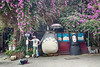 外國背包客的旅行 Travel of a foreign backpacker (葉 正道 Ben(busy)) Tags: backpackers travel 背包客 旅行 台中 台灣 taichung taiwan totoro 龍貓 無臉男