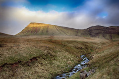 (OutdoorMonkey) Tags: breconbeacons blackmountain fanfoel nationalpark countryside outside outdoor nature natural sunshine sunlight evening moor moorland stream river hill mountain hillside mountainside cloud sky landscape