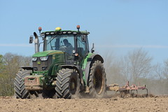 John Deere 6195R Tractor with a Vaderstad Tine Cultivator (Shane Casey CK25) Tags: john 6195r tractor vaderstad tine cultivator ballyclough jd green deere traktor trekker traktori tracteur trator ciągnik sow sowing set setting drill drilling tillage till tilling plant planting crop crops cereal cereals county cork ireland irish farm farmer farming agri agriculture contractor field ground soil dirt earth dust work working horse power horsepower hp pull pulling machine machinery grow growing nikon d7200