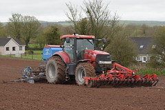 Case IH Puma 230 CVX Tractor with a HE-VA Front Roller 400, a Lemken Solitair 9 Seed Drill & Power Harrow (Shane Casey CK25) Tags: case ih puma 230 cvx tractor heva front roller 400 lemken solitair 9 seed drill power harrow midleton traktor tracteur traktori trekker trator county cork ciągnik casenewholland cnh red sow sowing set setting drilling tillage till tilling plant planting crop crops cereal cereals ireland irish farm farmer farming agri agriculture contractor field ground soil dirt earth dust work working horse horsepower hp pull pulling machine machinery grow growing nikon d7200