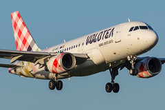 Volotea / A319 / EC-MTL / LFRS 21 (_Wouter Cooremans) Tags: nte lfrs nantes aeroport spotting spotter avgeek aviation airplanespotting atlantique volotea a319 ecmtl 21