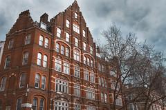 A detail of London (marcelo.guerra.fotos) Tags: detail london england architecture architect oldbuild oldhouse nikon street streetphoto urbanscene urbanview skyabove
