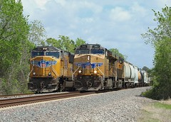 7661 & 5014, Houston TX, 23 March 2018 (Mr Joseph Bloggs) Tags: gees44ac ge general electric sd70m emd electro motive division houston texas tx usa united states america up union pacific 5014 7661