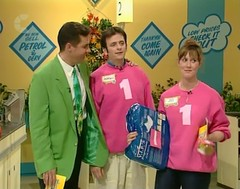 Sweatshirt Sleeves2c (mrs tembey) Tags: sweatshirt sweatshirts hoodie hoodies sweater sweaters sleeves up sleevesup arms woman women girl girls female supermarketsweep supermarket sweep