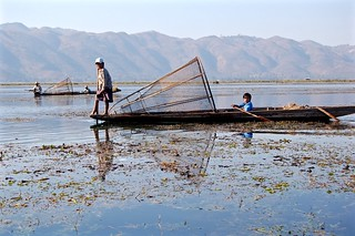 Magical Places and Things - Inle Lake (7)