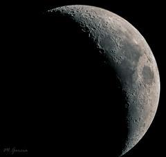 Luna creciente desde A50 (Miguel Garcia.) Tags: luna creciente moon cuarto cielo canon 450d