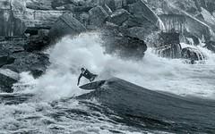 Wellenreiter (Toledo 22) Tags: board sport rider human water people ocean pacific surf beach strand küste brandung nikon wind welle surfing cascais sw meer atlantik wellenreiter surfer estoril portugal