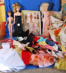 Kane Cnty Doll Doll Show finds (toomanypictures1) Tags: kane county doll show 2018 barbie reproduciton vintage skipper clothes patterns simplicty mccalls