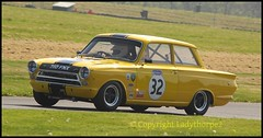 Cadwell Park Wolds Trophy 2018 (ladythorpe2) Tags: historic sports car club cadwell park wolds tropht 2018 47 nigel cox lotus cortina 32 richard belcher ford mk1 louth lincolnshire uk