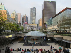 IMG_7821 Robson Square (vancouverbyte) Tags: vancouver vancouverbc vancouvercity robsonsquare