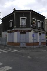 (//DannyBoy//) Tags: montreuil city ville bar tabac architecture pmu thedoors fermé closed