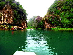 G0074277_04 (boowl) Tags: travelgraphy travel photography relax enjoy life lifestyle vacation holiday exploration discover journey traveller journal experience picturesque scenery landscape sky sunshine sun happy cool weather moment throwback totd outdoor gopro hero hero3 vietnam mountain gorge canyon