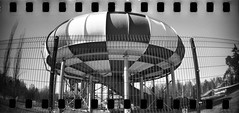 UFO (Foide) Tags: sprocket ufo lomography