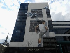 Nuart Aberdeen 2018 (allanmaciver) Tags: seagull nuart aberdeen north east scotland child play climb union plaza windows street art zacharevic ernest allanmaciver