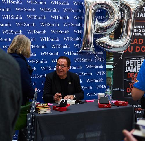 Peter James book fan photo