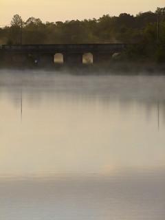 DSCF0611 Galloon Bridge in the morning mist