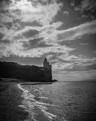 Greenan Castle (_Shak_) Tags: dunure ayr greenancastle blackandwhite
