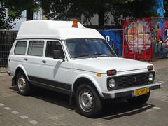 2009 Lada 4x4 Ambulance (harry_nl) Tags: netherlands nederland 2018 amsterdam lada 4x4 ambulance vaz ваз 2131 jl169b sidecode9