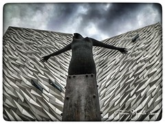 Belfast - Titanic Quarter Museum (tatianalovera) Tags: museo museum northernireland irlanda ireland boat titanic belfast