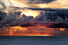 Atlantic Sunset (yorkiemimi) Tags: atlantic sea sunset sun sky water clouds meer ocean himmel sonne wolken