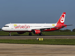 Air Berlin | Airbus A321-211 | G-POWV (MTV Aviation Photography (FlyingAnts)) Tags: air berlin airbus a321211 gpowv airberlin airbusa321211 titan titanairways airlivery norwichairport norwich nwi egsh canon canon7d canon7dmkii