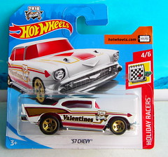 Hot Wheels HOLIDAY RACERS '57 Chevy 2017 : Diorama The Bonneville Salt Flats - 1 Of 14 (Kelvin64) Tags: hot wheels holiday racers 57 chevy 2017 diorama the bonneville salt flats