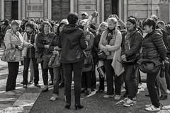 Pisa (Aldo Cicirello) Tags: paesaggiourbano persone piazzadeimiracoli pisa toscana turisti